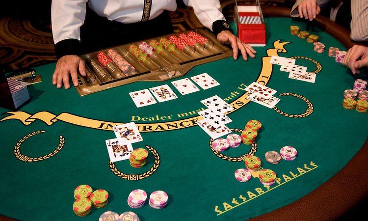 """บาคาร่ากับสถิติ : เล่นอย่างไรให้ได้""""เงิน"""""""